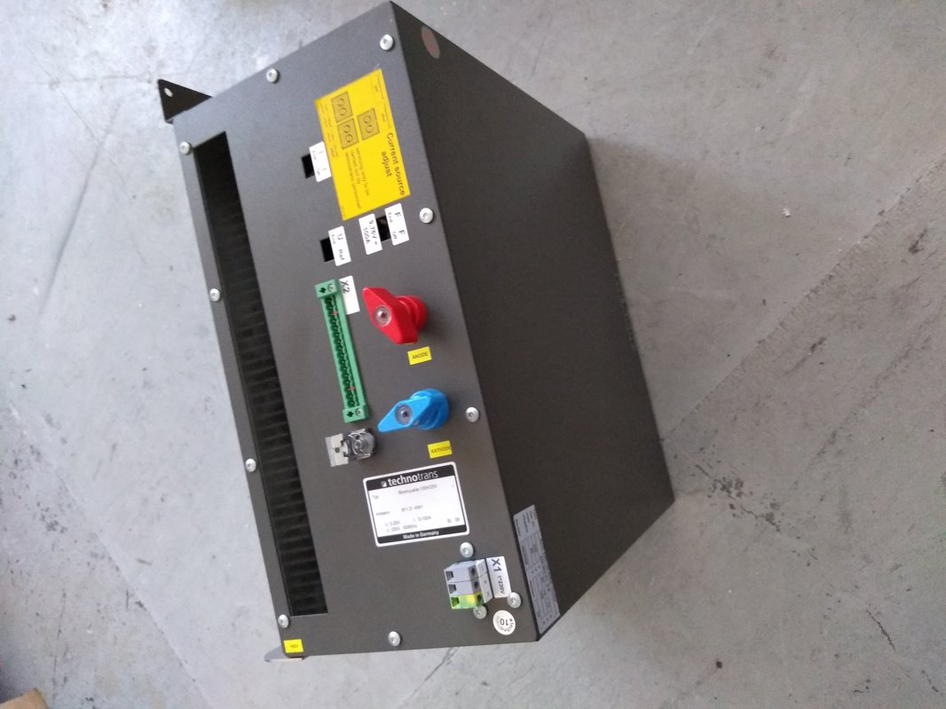 Stromquelle/power source 100A/25V